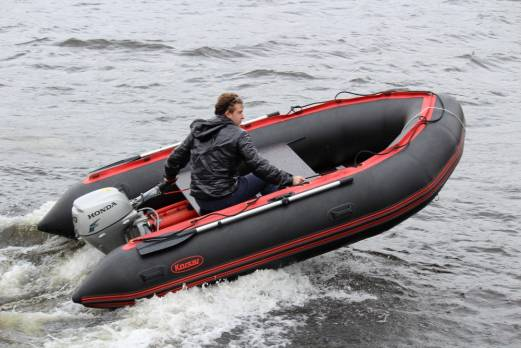 Лодка ПВХ Командор «KMD-380Pro»